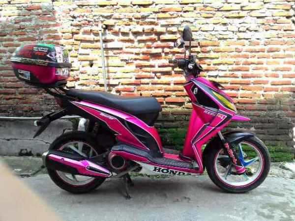 modifikasi motor touring  ungu honda beat karbu