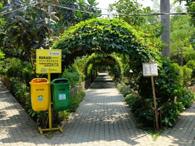 Taman_Kota_Bekasi